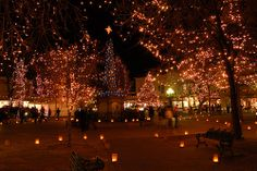 Christmas in Santa Fe, NM - I've been there before at Christmas & I hope to be there again oneday....