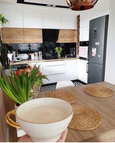 Home Decor Kitchen, Interior Design Kitchen, New Kitchen, Home Kitchens, Kitchen Dining, Kitchen Arrangement, Cocinas Kitchen, Küchen Design, Apartment Interior
