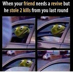 Grudges: 23 Fortnite Memes That Are More Entertaining Than The Game Funny Car Memes, Car Humor, Dankest Memes, Jokes, Funny Quotes, Funny Cars, Tom Meme, Video Game Memes, Video Games
