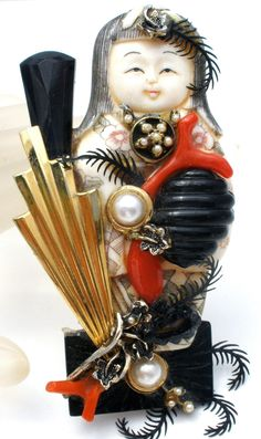 Vintage Asian Lady Bone Netsuke Brooch Pin with Coral