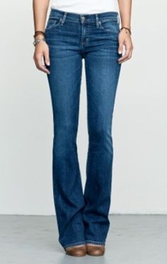 #citizensofhumanity Citizens of Humanity Kelly Low Waist Boot Cut Jean