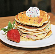 STRAWBERRY PANCAKES / KAE71463 / CC BY Why have plain pancakes for breakfast when you could have this funfetti pancake explosion? Strawberry sprinkles pancakes are something your kids will LOVE to look forward to in the morning – so whip … Continue reading →