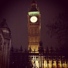 Last night in London bigben @ Big Ben    PeopleMelt.com onto Sights & Sounds Around the World