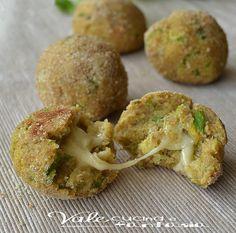 La recette du jour: les boulettes à la courgette et à la mozzarellafondante !