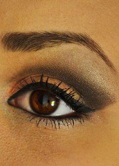 Bronze and gold makeup
