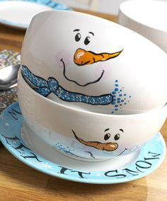 Snowman Snack Bowls {Plaid} #craft #snowman #winter
