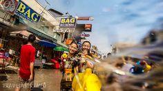 Тайцы верят, что обливание водой очищает от накопленных грехов и негатива