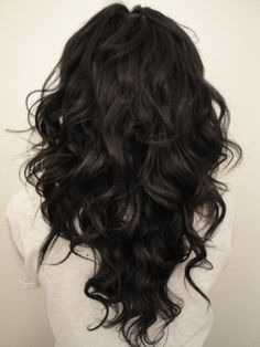 """Long hair cut in a """"V"""" shape @ Hair Color and Makeover Inspiration"""