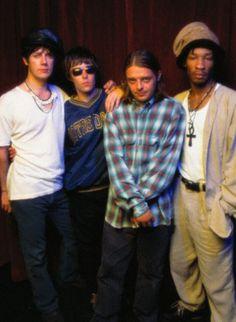 The Stone Roses Fotos de Brit Pop, Stone Roses, Pop Rocks, Mondays, Carpets, My Music, Indie, Alternative, Guitar