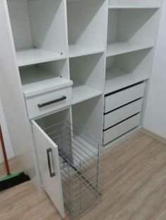armario com gaveta para guardar roupas de passar