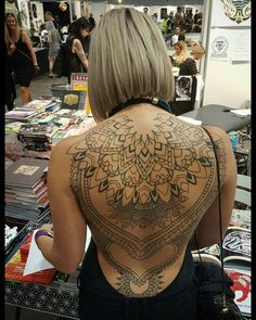 Due to the tongue split ive had to take today off from the Aus tattoo expo in Melbourne. But got sent this pretty nice pic of Chloes backpiece we've been working on. Hope to be back at it tomorrow keegs_tattoo