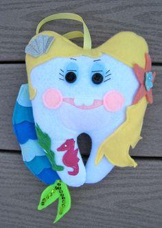 Mermaid tooth fairy pillow, love it!