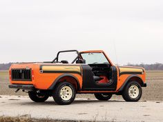 Money No Object: 1978 International Scout II - As Good As They Get! The 1978 wasn& the greatest time for a fan of performance cars. It was, however, perfect if you had a thing for off-roaders. Look back at the opt. Best Luxury Sports Car, Cool Sports Cars, International Scout Ii, International Harvester, Scout 800, Olympia London, Off Roaders, New Chevy, Jeep Cj