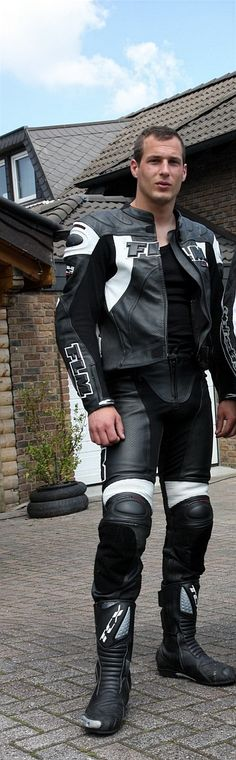 My collection of men in denim, leather, hi-vis, overalls and boots. Biker Gear, Motorcycle Gear, Bike Suit, Bike Leathers, Motorcycle Leather, Skin Tight, Top Photo, Hot Boys, Erotica