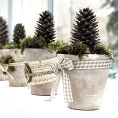 Kreatív hobbi dekorációs ötletek, ajándékkészítés rövid leírásokkal és a megvalósításhoz szükséges alapanyagokkal.