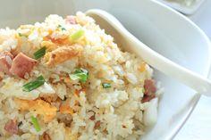 Τηγανητό ρύζι με ζαμπόν, αυγό και λιαστές ντομάτες - Γρήγορες Συνταγές | γαστρονόμος online Fried Rice, Potato Salad, Fries, Recipies, Potatoes, Cooking, Ethnic Recipes, Food, Risotto