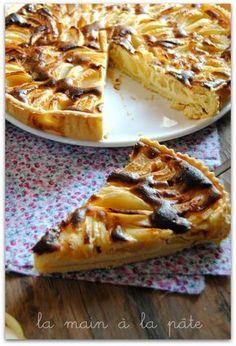 tarte aux pommes et au mascarpone Lemon Recipes, Pie Recipes, Dessert Recipes, Apple Desserts, Delicious Desserts, Mousse Au Chocolat Torte, Mascarpone Cake, Lemon And Coconut Cake, Torte Cake