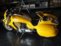 Would like to have one as a second bike but really couldnt justify. Motorcycle Museum, Motorcycle Design, Custom Street Bikes, Custom Bikes, M109, Moto Bike, Cool Motorcycles, Fender Flares, Super Bikes