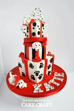 Dalmatian Birthday cake - Cake by Janette MacPherson Cake Craft - CakesDecor Baby Cakes, Dog Cakes, Girl Cakes, Cupcake Cakes, Cake Original, 6th Birthday Cakes, 2nd Birthday, Birthday Ideas, Movie Cakes