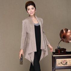 Livraison gratuite soie plissée mode féminine tranchée moyen - long  vêtements à manches longues cape HOT 52d835c38862