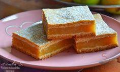 Čas přípravy: 20 min Čas vaření: 25 min SUROVINY Těsto: 400 g hladké mouky 1 bal. prášek do pečiva 7 Izu, Cornbread, Apple, Ethnic Recipes, Food, Remember This, Popular, Millet Bread, Apple Fruit