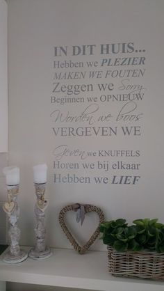 1000 images about slaapkamer idee on pinterest dutch quotes scaffolding wood and panelling - Grijze muur deco ...