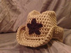 Cowgirl hat...this would be so cute for a prop.