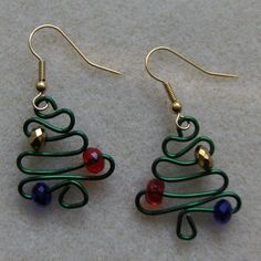 This tutorial is my gift to you just in time for the Holiday Season. Make these adorable earrings for yourself or as gifts to your friends and family. They're easy to make but do require that you'd have a Thing-A-Ma-Jig tool or a Wig Jig tool. For the more advanced wire workers, you'd probably can figure this pattern out by just using a pair of round nose pliers to make them.