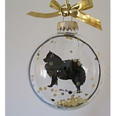 American Eskimo dog ornament in glass - Oh how I need this for my Eskie! :)