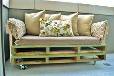 Sofás feitos com paletes de madeira - Faça Você Mesmo