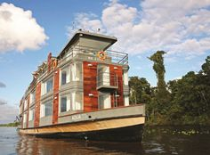 Aqua, the awesome Floating Fivestar Hotel in the Amazon.