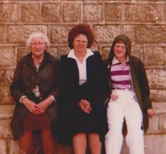 nan with auntie ros and daughter lynn