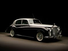 Vintage Cars Classic 1962 Rolls Royce Silver Cloud II - The authoritative, GQ-approved guide to most eye-catching rides Rolls Royce Silver Cloud, Bentley Rolls Royce, Rolls Royce Cars, Mercedes Maybach, Cadillac Escalade, Chevrolet Camaro, Voiture Rolls Royce, Vintage Cars, Antique Cars