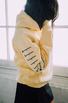 Urban Outfitters Champion & Uo Arm Logo Hoodie Sweatshirt - Bright Yellow L Pullover Hoodie, Sweatshirt Outfit, Sweater Hoodie, Hoodie Outfit Casual, Loose Sweater, Hoodie Dress, Cute Comfy Outfits, Trendy Outfits, Fashion Outfits