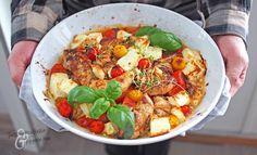 Tomaatti-fetabroileri - Arjen pelastaja no: 2   Tinskun keittiössä ja Tyynen kaa Kung Pao Chicken, Paella, Pesto, Smoothie, Ethnic Recipes, Desserts, Food, Drinks, Pineapple