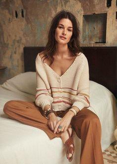 Knit Fashion, 80s Fashion, Fashion 2020, Boho Fashion, Fashion Outfits, Womens Fashion, Fashion Tips, Fashion Trends, Earthy Fashion
