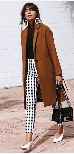 Knowing What Is Fashion Merchandising All About - Personal Fashion Hub Street Style Outfits, Looks Street Style, Mode Outfits, Looks Style, Fall Outfits, Fashion Outfits, Fashion Trends, Fashion Ideas, Ladies Fashion