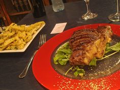 Argentina - papas fritas y carne asado. Argentina is known for their excellent beef - It's amazing!