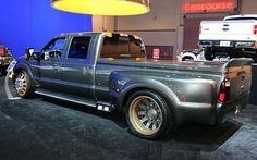 i cant say ive ever seen or heard of a lowered F350 in my life.. did i mention its a dually? why...