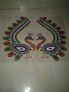 Rangoli Patterns, Rangoli Designs, Diwali Decorations, Indian Wedding Decorations, Hobbies And Crafts, Diy And Crafts, Arts And Crafts, Paisley Drawing, Acrylic Rangoli