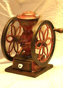 I would like one of these vintage coffee grinders!