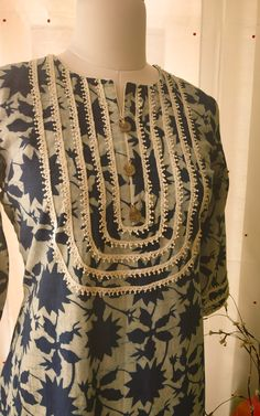 Pretty lace yoke detail Summer kurta in pure cotton by Label Kanupriya Neck Designs For Suits, Sleeves Designs For Dresses, Neckline Designs, Dress Neck Designs, Sleeve Designs, Blouse Designs, Printed Kurti Designs, Salwar Designs, Kurta Designs Women