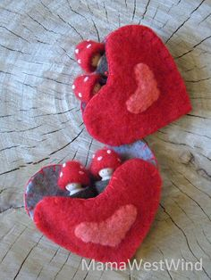 These Waldorf inspired Toadstool tots will be a fun gift to a special child in your life, perfect to play with, tell stories and decorate your