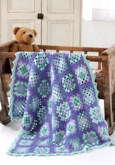 Free Lullaby Granny Square Baby Blanket Crochet Pattern