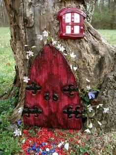 Fairy Door Set , Fairy Garden - Outside Garden Sculpture -Die stone cast Fairy Tree Houses, Fairy Garden Houses, Fairy Gardening, Fairies Garden, Gnome Garden, Unique Garden Decor, Unique Gardens, Garden Ideas, Garden Art