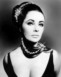 Elizabeth Taylor-Fashion Icon-RIP