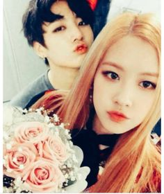 [ Rosé & Jungkook ] Rose ve Jungkook'un hayal edilen konuşmaları. Bts Jungkook, Taehyung, Korean Lessons, Jeon Somi, Blackpink And Bts, Park Chaeyoung, Girls Generation, Cute Couples, Idol