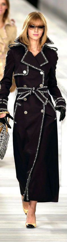 Chanel S/S 2004 - The Trench Coat - black with silver trimming | glam jacket