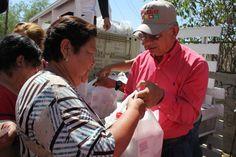 Estamos a punto de conlcuir la segunda vuelta por las colonias de Sonora, donde hemos beneficiado a miles de familias con paquetes nutricionales y víveres, como parte de los apoyos que brindamos en el programa de alimentación de la Fundación Cano Vélez, Ayudo y Me Gusta.