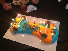 Skate board b day cake Skate Party, Birthday Candles, Skate Board, Cake, Desserts, Kids, Party Ideas, Food, Decorating Cakes